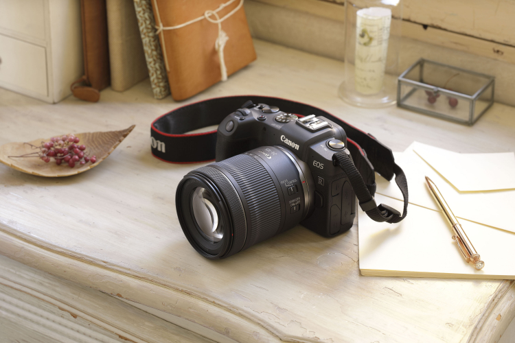 RF 24 105mm F4 7.1 IS STM Ambient KM011462